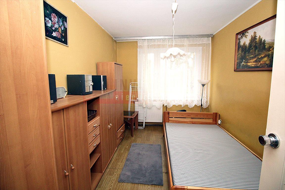 Mieszkanie czteropokojowe  na sprzedaż Kluczbork  74m2 Foto 3
