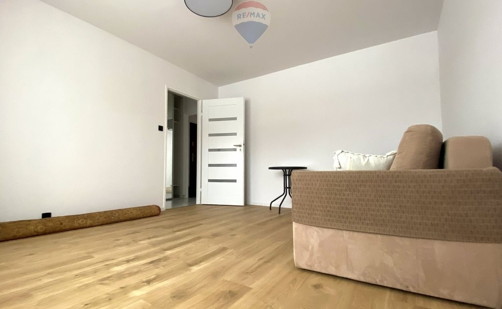 Mieszkanie dwupokojowe na sprzedaż Olsztyn, Jaroty, Edwarda Mroza  48m2 Foto 2