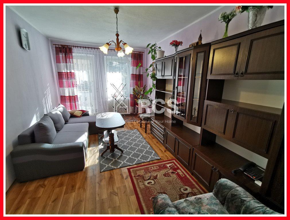 Mieszkanie trzypokojowe na sprzedaż Wałbrzych, Nowe Miasto  73m2 Foto 1