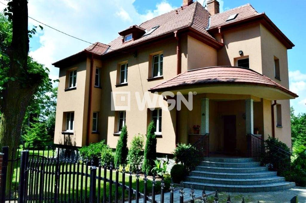 Dom na sprzedaż Rogoźnica, Rogoźnica, Rogoźnica  297m2 Foto 1