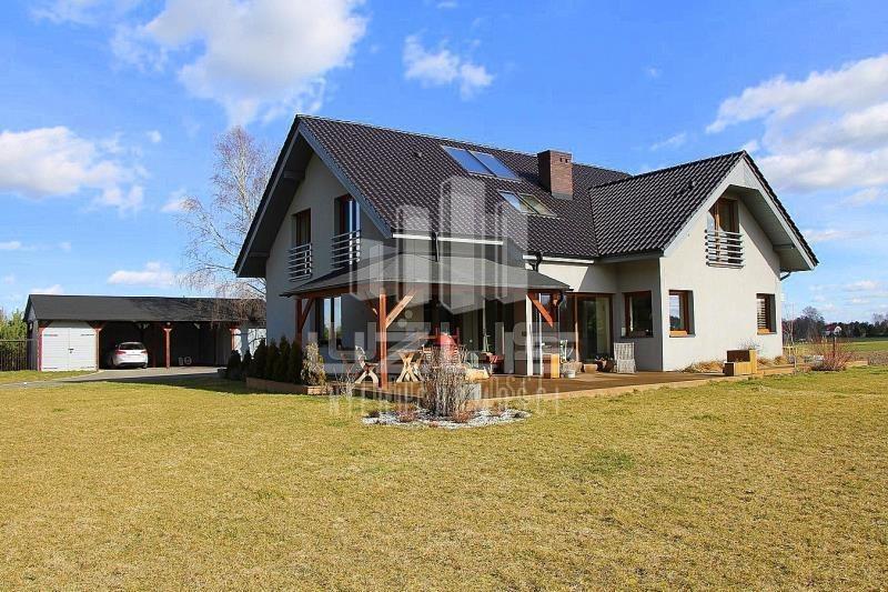 Dom na sprzedaż Białachowo  240m2 Foto 1