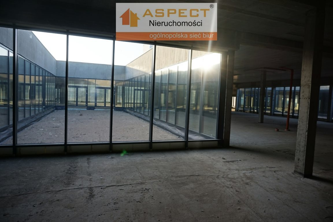 Lokal użytkowy na sprzedaż Miłomłyn, Miłomłyn, Miłomłyn  5477m2 Foto 3