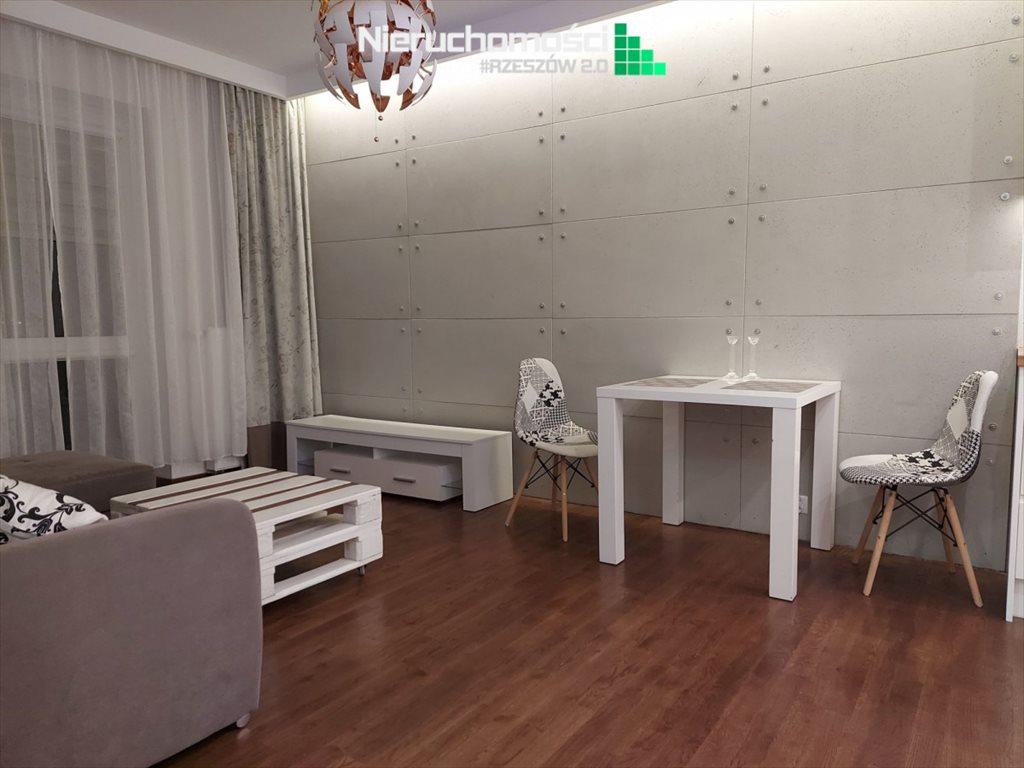 Mieszkanie dwupokojowe na sprzedaż Rzeszów  37m2 Foto 4