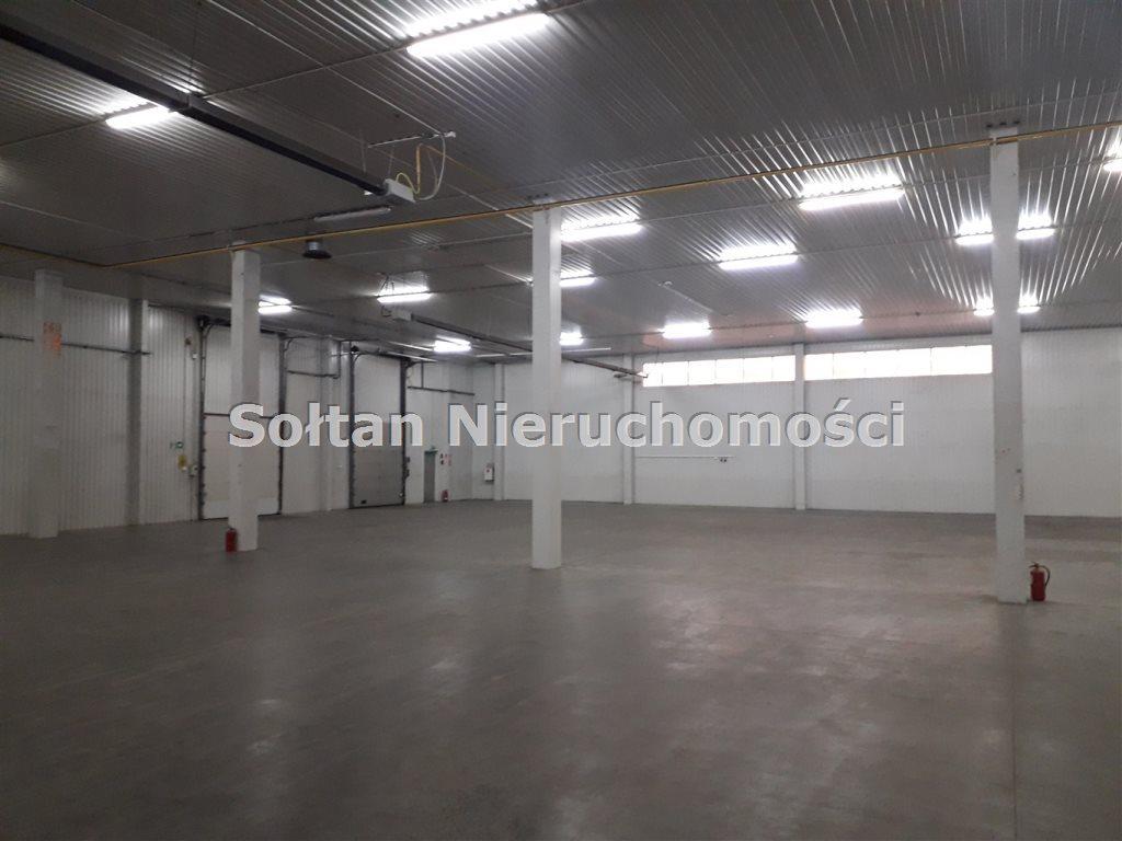 Lokal użytkowy na wynajem Warszawa, Targówek  2410m2 Foto 2