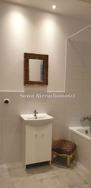 Mieszkanie czteropokojowe  na sprzedaż Świdnica, Centrum  100m2 Foto 4