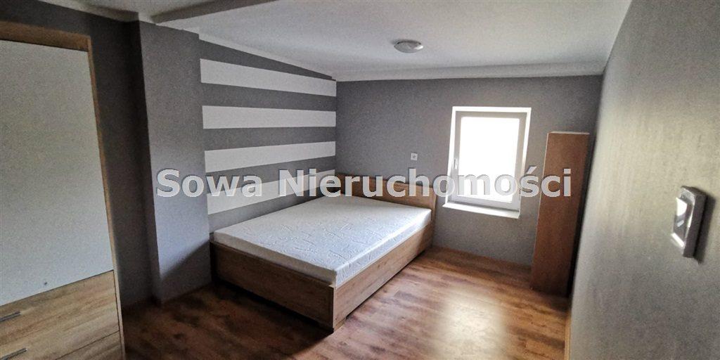 Mieszkanie trzypokojowe na sprzedaż Jelenia Góra, Centrum  70m2 Foto 2