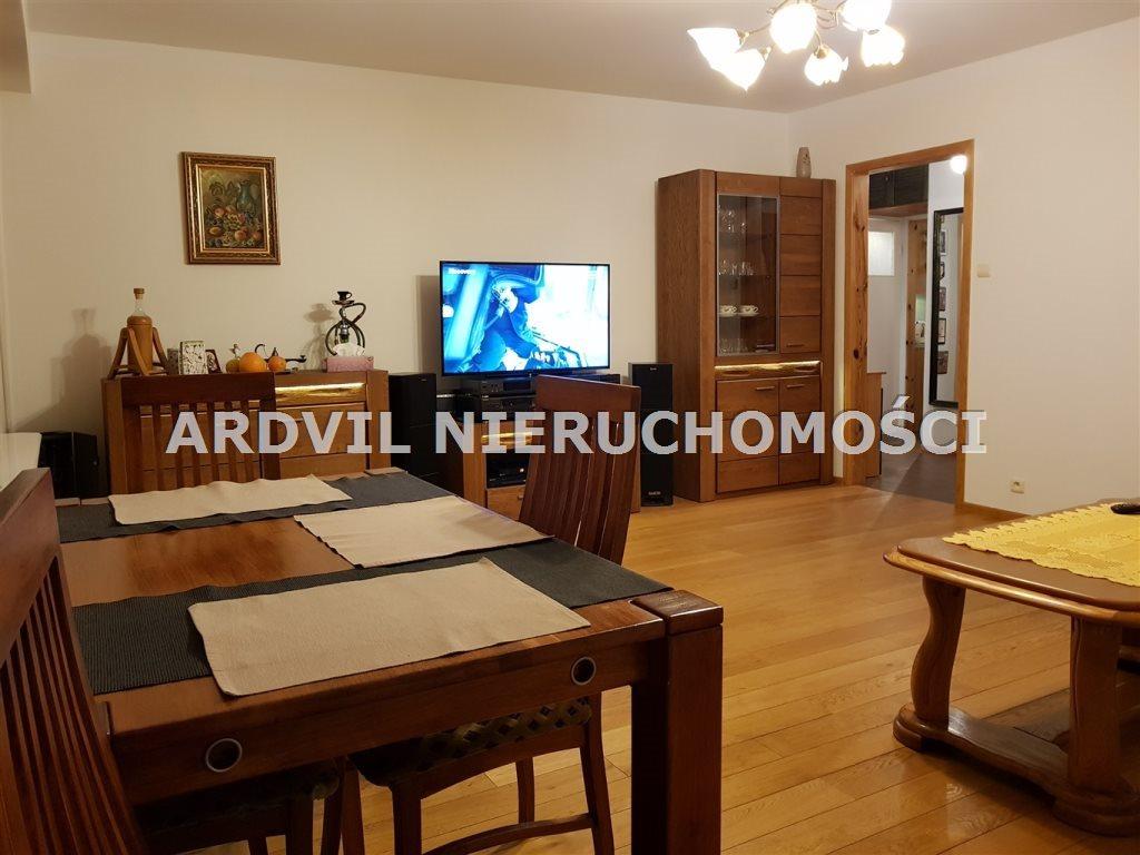 Mieszkanie trzypokojowe na sprzedaż Białystok, Bema, Bema  57m2 Foto 1