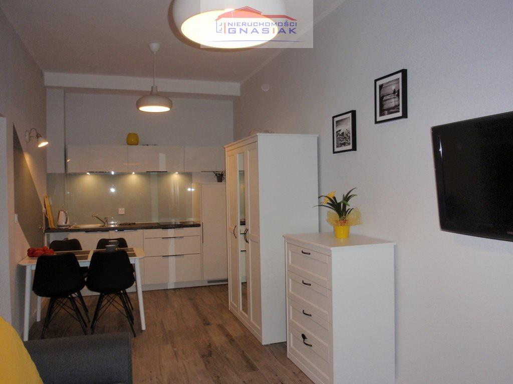 Mieszkanie dwupokojowe na wynajem Dziwnówek  43m2 Foto 1