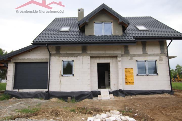 Dom na sprzedaż Krosno  110m2 Foto 1