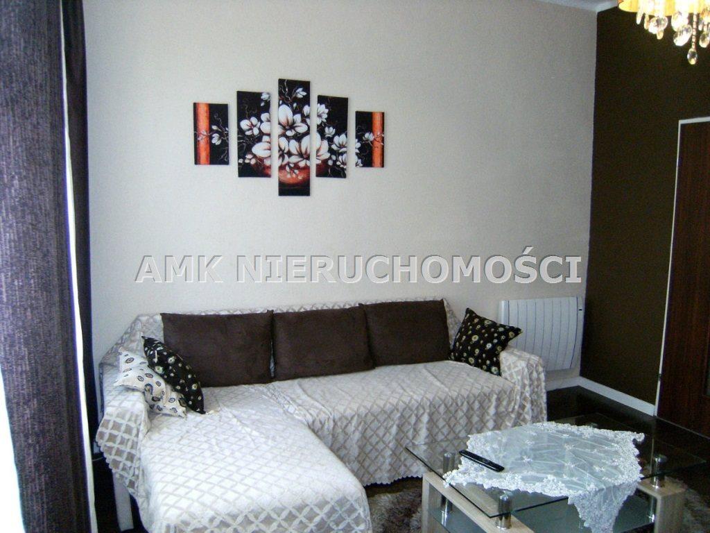 Mieszkanie dwupokojowe na wynajem Katowice, Szopienice  52m2 Foto 3
