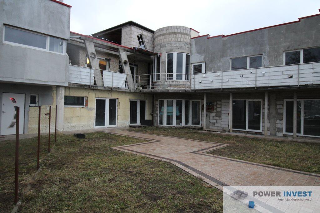 Lokal użytkowy na sprzedaż Milanówek  700m2 Foto 1
