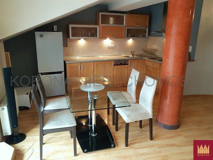 Mieszkanie dwupokojowe na wynajem Żory  75m2 Foto 1