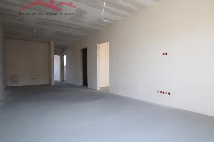 Mieszkanie trzypokojowe na sprzedaż Krosno, Suchodół  80m2 Foto 8