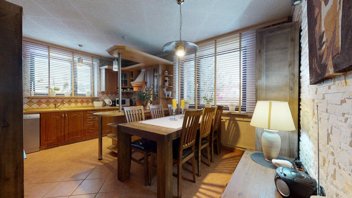 Mieszkanie czteropokojowe  na sprzedaż Bielsko-Biała, Straconka, Miernicza  95m2 Foto 1