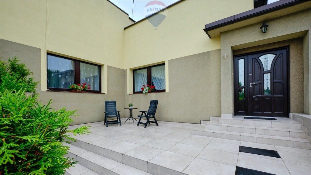 Dom na sprzedaż Bielsko-Biała  140m2 Foto 1