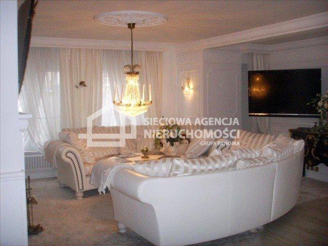Dom na sprzedaż Chojnice  300m2 Foto 1