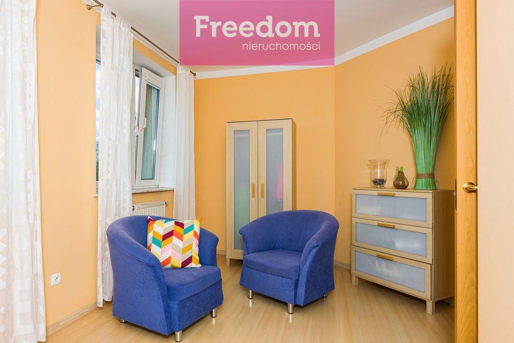 Mieszkanie czteropokojowe  na sprzedaż Częstochowa  162m2 Foto 3