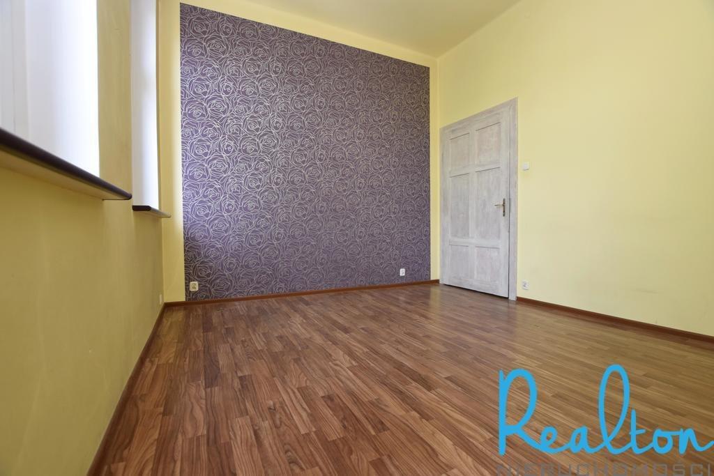 Mieszkanie trzypokojowe na sprzedaż Zabrze, Centrum Południe, Bohaterów Warszawskich  51m2 Foto 4