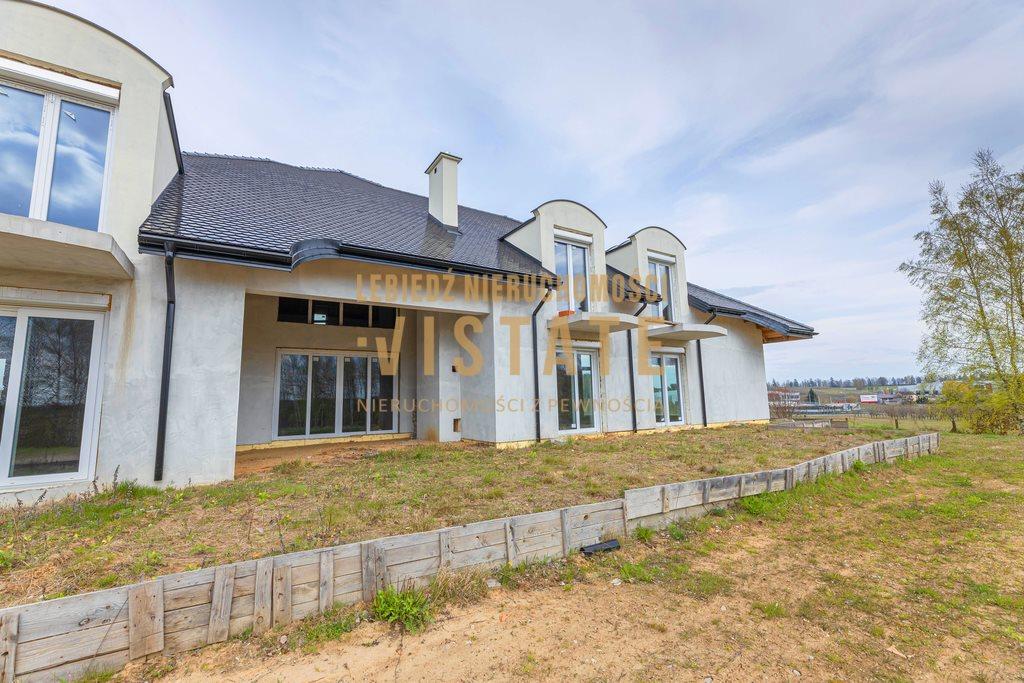 Dom na sprzedaż Błędów  540m2 Foto 2