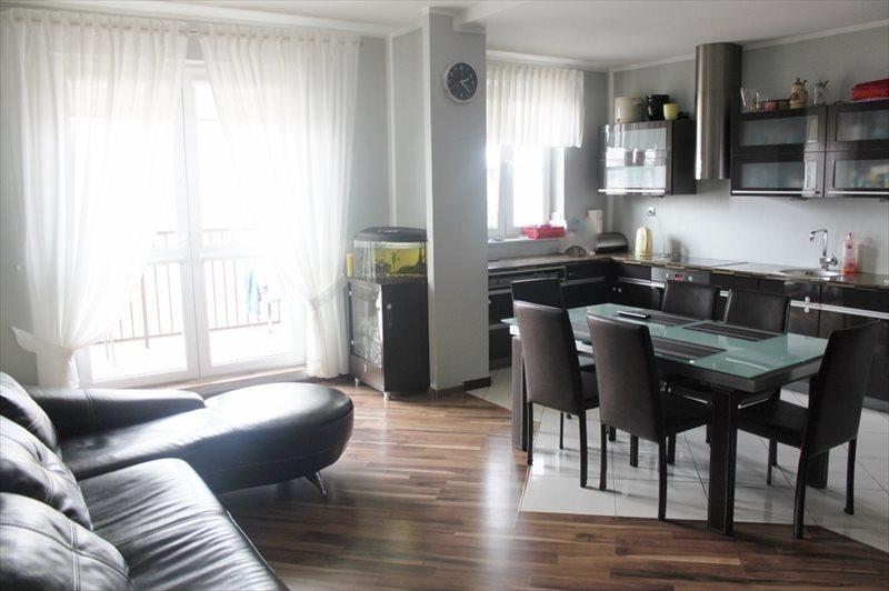 Mieszkanie trzypokojowe na sprzedaż Zielonka, Prymasa Stefana Wyszyńskiego  74m2 Foto 1