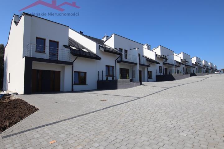 Mieszkanie trzypokojowe na sprzedaż Krosno, Suchodół  80m2 Foto 1