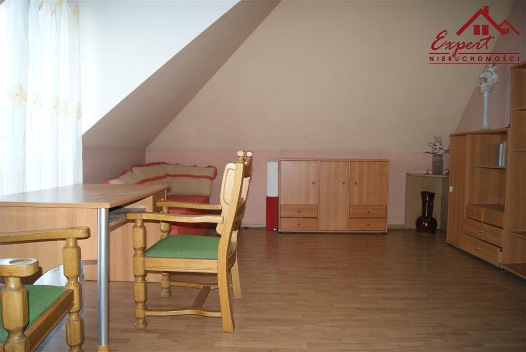 Mieszkanie czteropokojowe  na wynajem Nowa Wieś  90m2 Foto 3