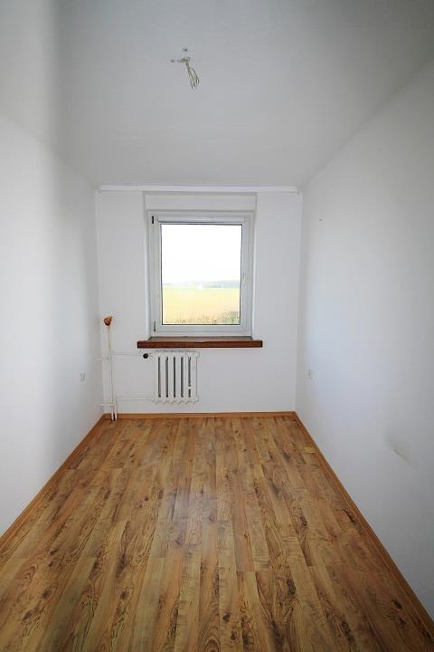 Mieszkanie czteropokojowe  na sprzedaż Bierdzany  79m2 Foto 4
