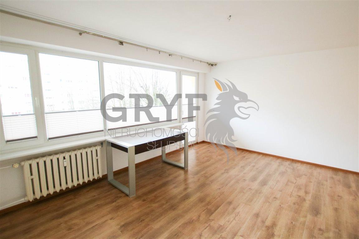 Mieszkanie trzypokojowe na sprzedaż Słupsk  65m2 Foto 1