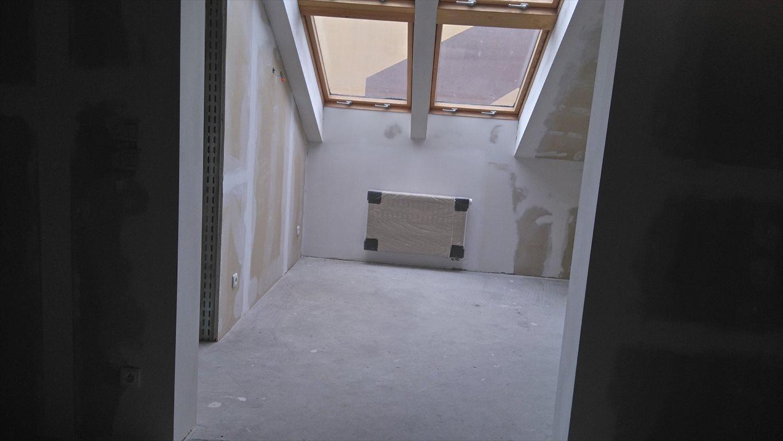 Mieszkanie trzypokojowe na sprzedaż Wałcz, Tysiąclecia  75m2 Foto 1