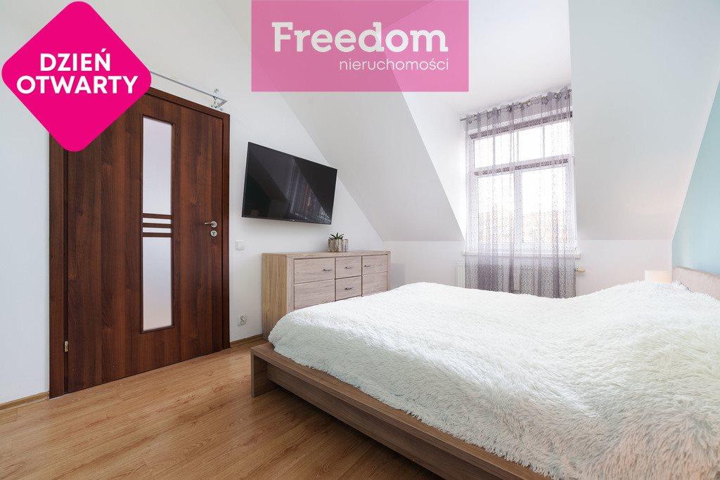 Mieszkanie trzypokojowe na sprzedaż Mrągowo, 8 Maja  64m2 Foto 1