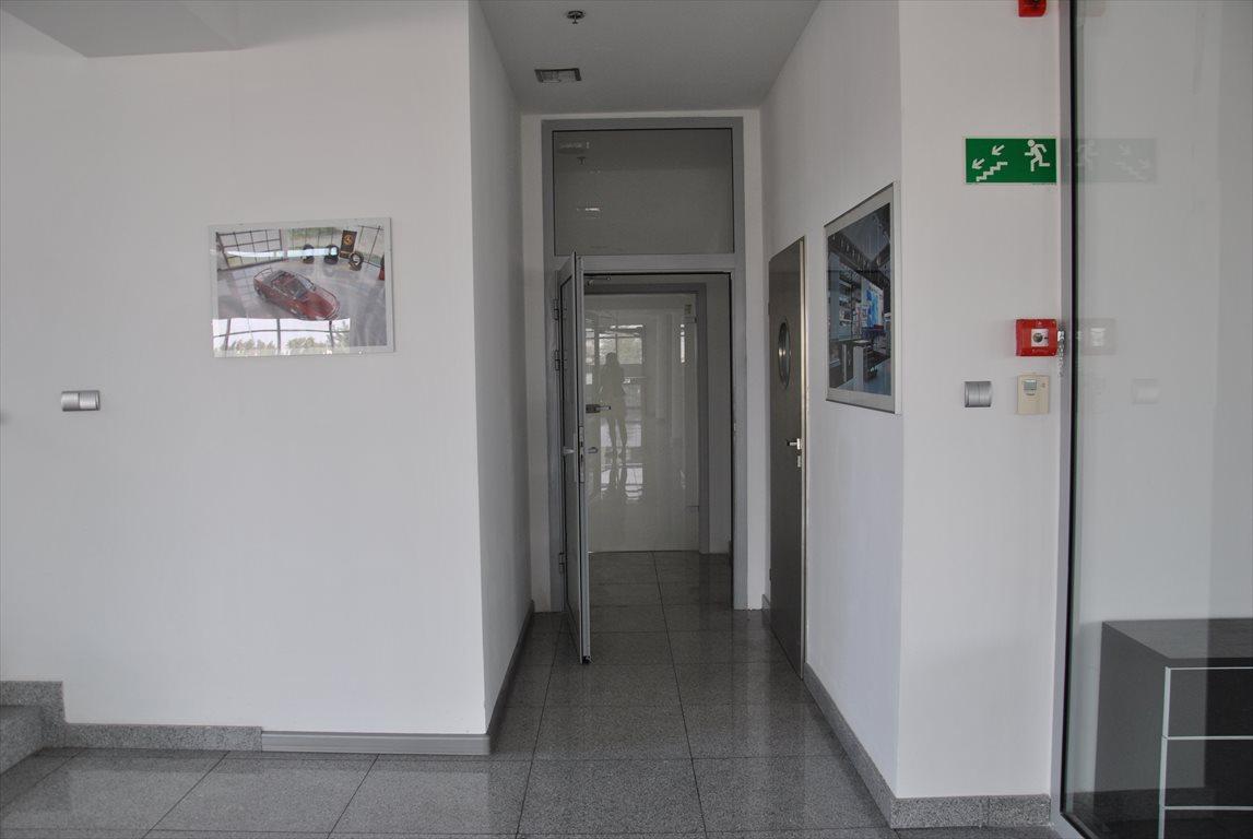Lokal użytkowy na wynajem Mroków, Biuro Na Wynajem  200m2 Foto 2