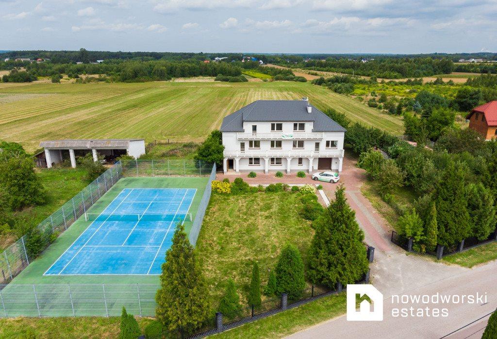 Dom na sprzedaż Kolonia Lesiów  720m2 Foto 1