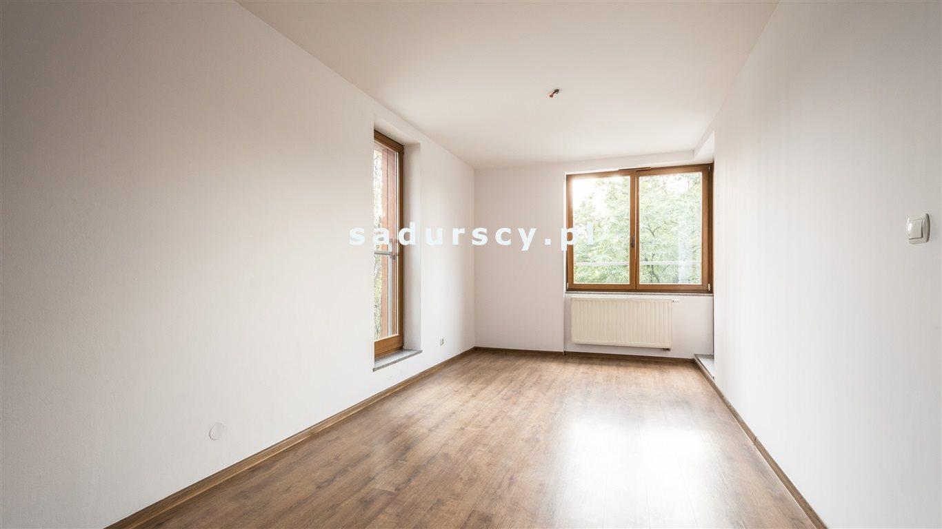Mieszkanie dwupokojowe na sprzedaż Kraków, Dębniki, Osiedle Podwawelskie, Dworska  56m2 Foto 2