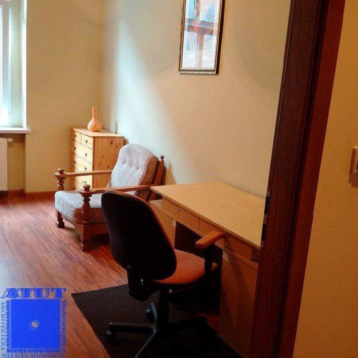 Mieszkanie trzypokojowe na wynajem Gliwice, Centrum, Zwycięstwa  91m2 Foto 2