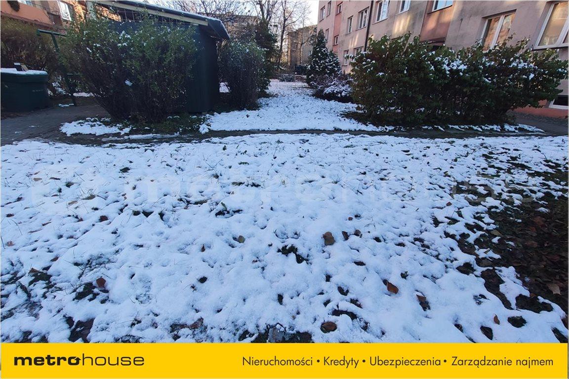 Mieszkanie trzypokojowe na sprzedaż Bielsko-Biała, Bielsko-Biała  70m2 Foto 2