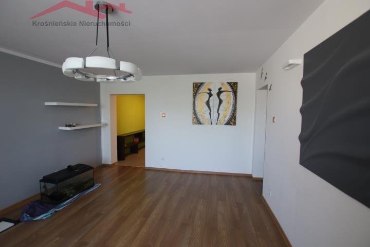Mieszkanie dwupokojowe na sprzedaż Krosno, Śródmieście  63m2 Foto 4