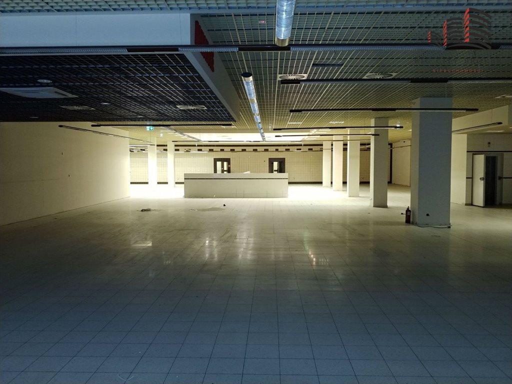 Lokal użytkowy na wynajem Lublin, Śródmieście  1200m2 Foto 2