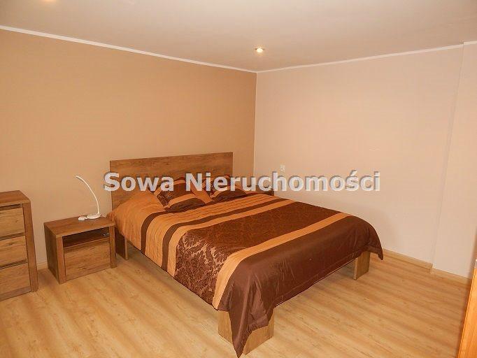 Mieszkanie dwupokojowe na sprzedaż Głuszyca  77m2 Foto 1