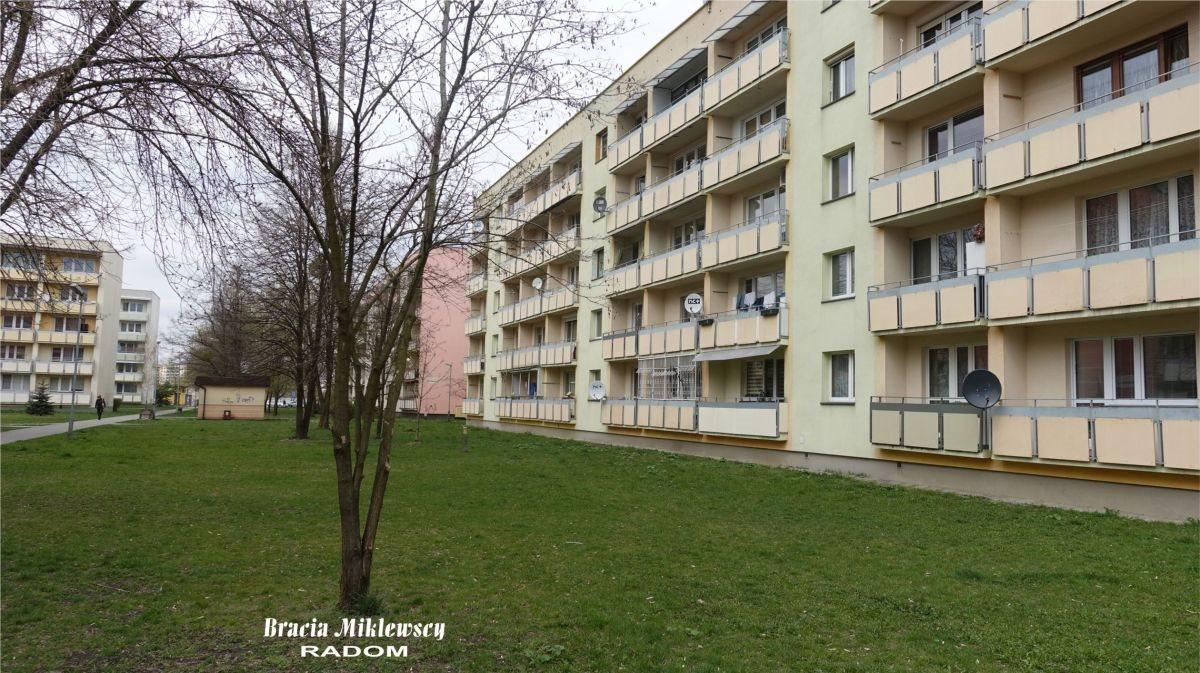 Mieszkanie trzypokojowe na sprzedaż Radom, Prędocinek, Ostrowiecka  60m2 Foto 1