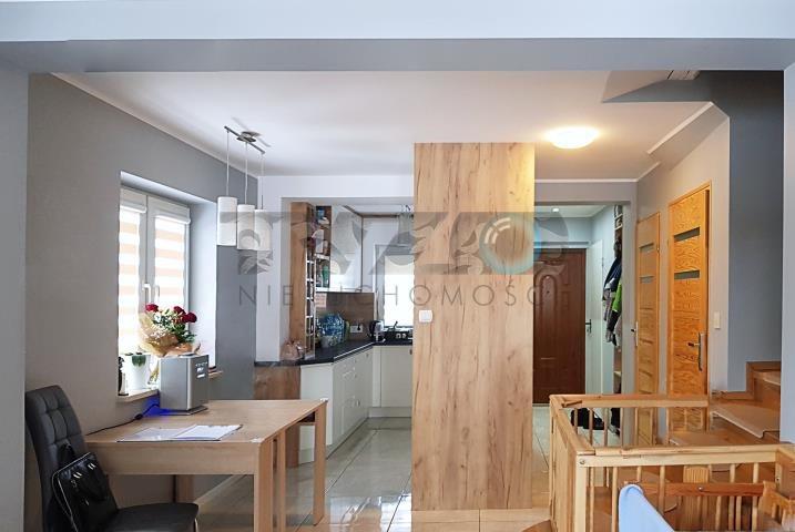 Dom na sprzedaż Glina  130m2 Foto 1