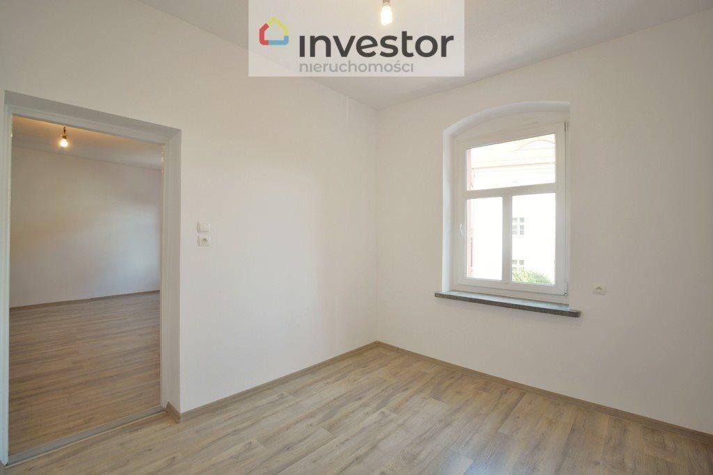 Mieszkanie dwupokojowe na sprzedaż Kluczbork  55m2 Foto 6
