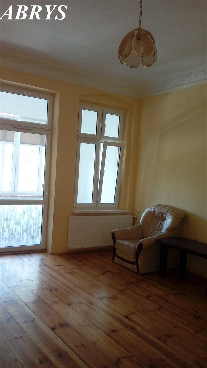 Mieszkanie czteropokojowe  na sprzedaż Oleśnica, Stare Miasto, 11 listopada  110m2 Foto 3