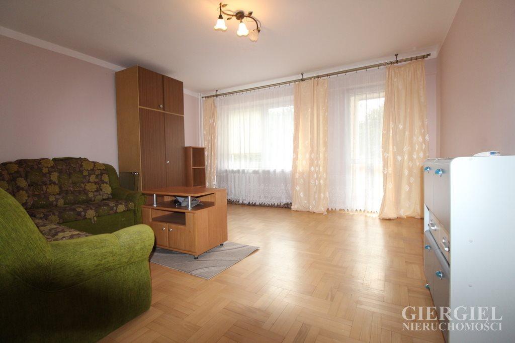 Mieszkanie czteropokojowe  na sprzedaż Rzeszów, Krakowska-Południe, Wiktora Zbyszewskiego  74m2 Foto 1