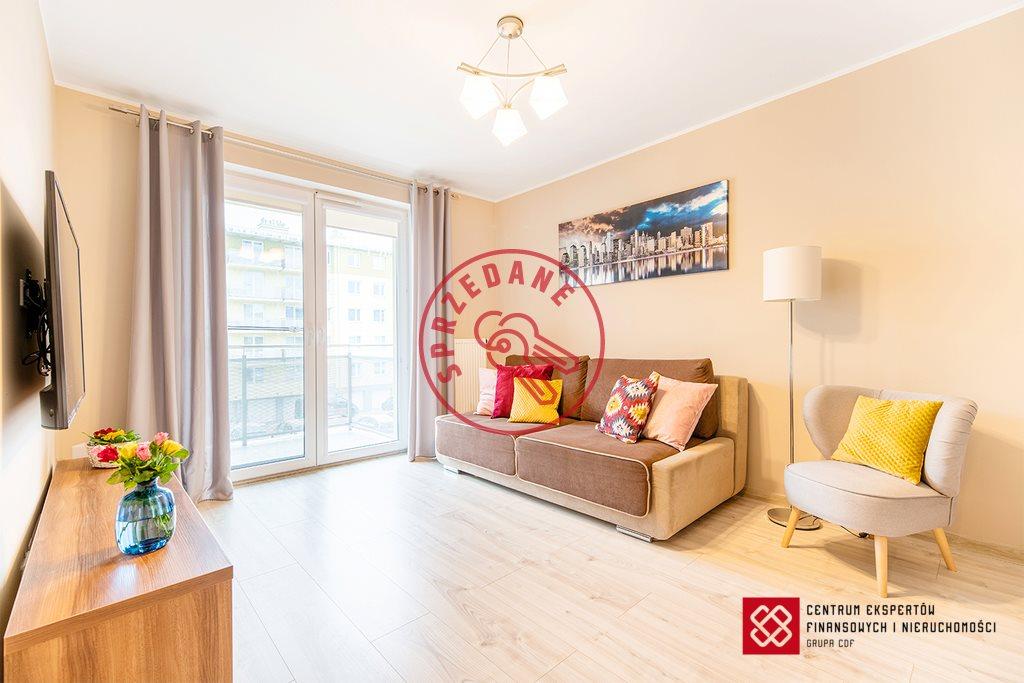 Mieszkanie dwupokojowe na sprzedaż Olsztyn, Bartąska  45m2 Foto 1