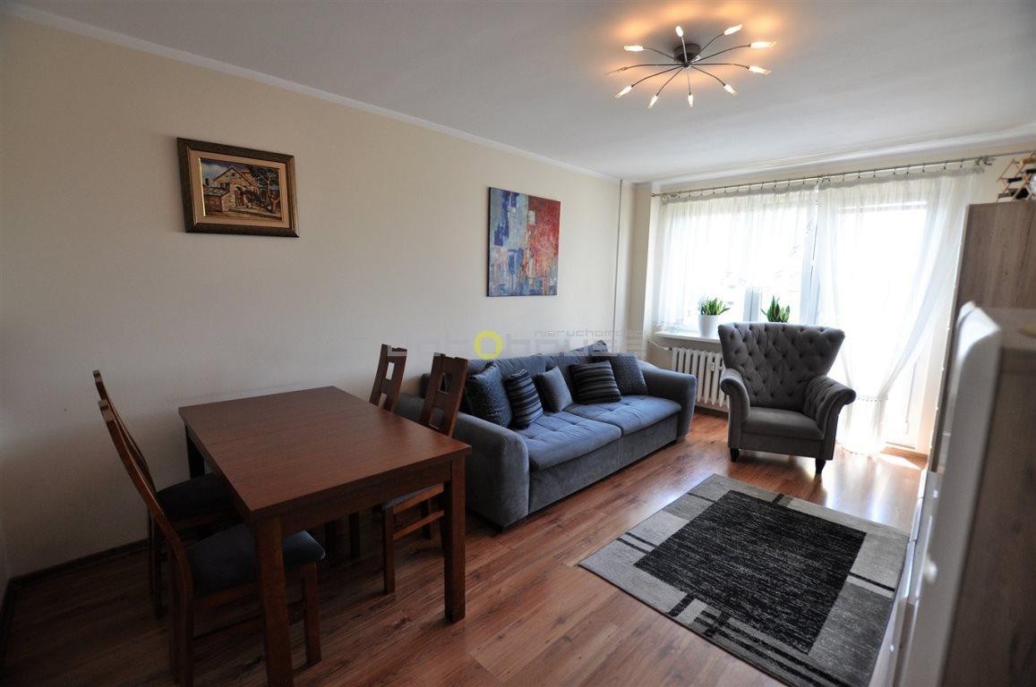 Mieszkanie trzypokojowe na sprzedaż Katowice, Bogucice, Wajdy  61m2 Foto 3