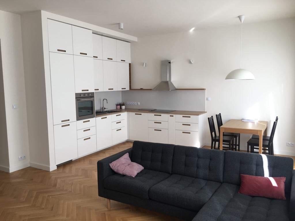 Mieszkanie trzypokojowe na wynajem Warszawa, Śródmieście, Śniegockiej 3  70m2 Foto 1