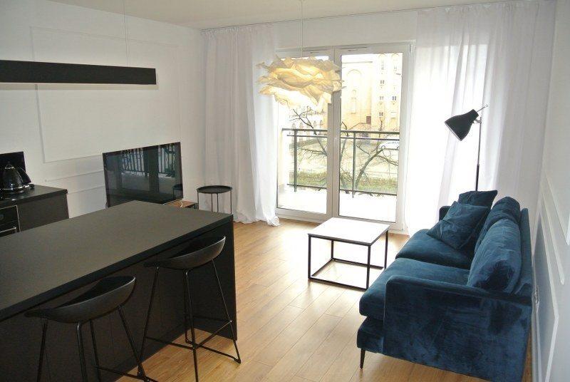 Mieszkanie dwupokojowe na wynajem Kielce, Centrum  43m2 Foto 1