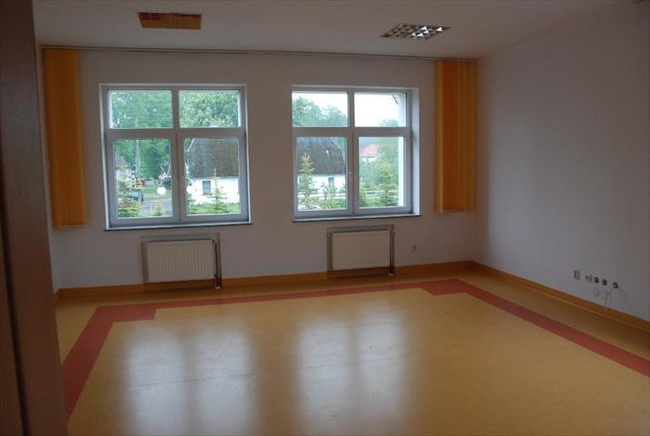 Lokal użytkowy na sprzedaż Sławoborze, Świdwińska  868m2 Foto 13