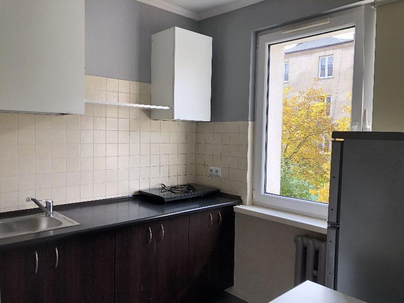 Mieszkanie dwupokojowe na wynajem Częstochowa, Centrum  38m2 Foto 3