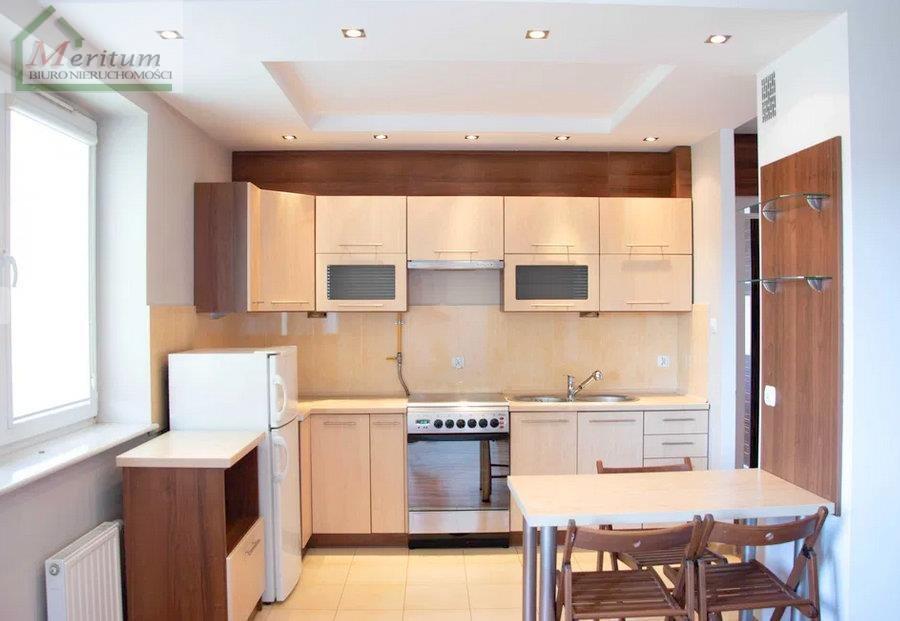 Mieszkanie dwupokojowe na sprzedaż Nowy Sącz  44m2 Foto 1